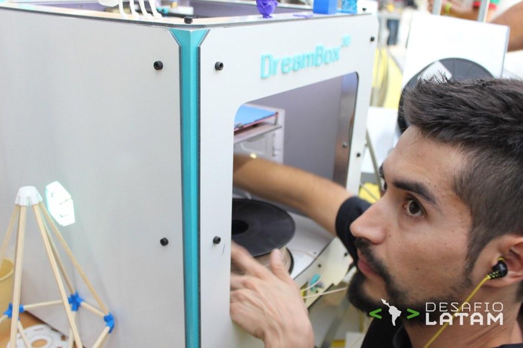 Robotics Day - Stgo Maker Space y la impresora 3D chilena Dreambox Ejemplo